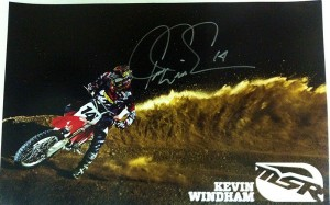 Kevin Windham からのサイン!